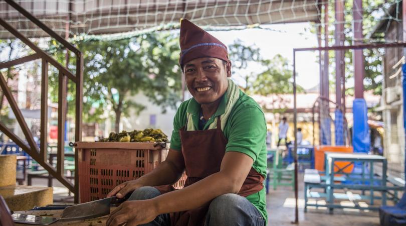 Portrait d'un cuisinier de la cantine de PSE